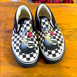 Sketchers checkered sneakers